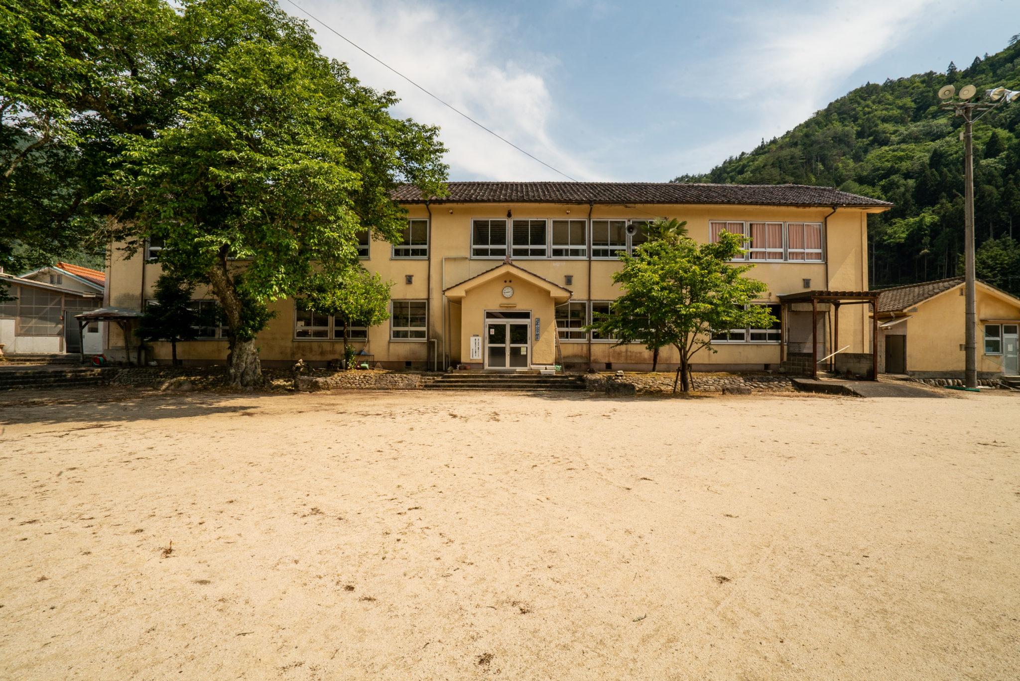 旧 津浪小学校